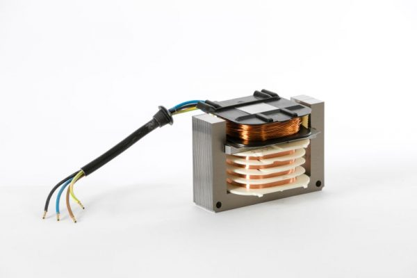 Komponenten Zündtransformator